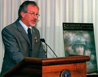 Steven Spielberg Pentagon 1999