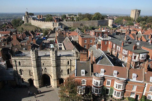 View of Lincoln Castle in Lincoln, Lincolnshire. (Credit: Karen Roe/Wikimedia Commons)
