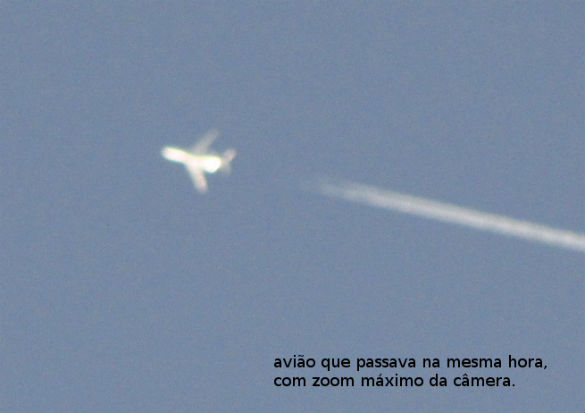Image of airplane that the witness took for reference. (Credit: MUFON)