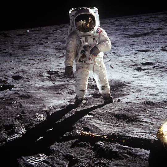 Aldrin on the moon during the Apollo 11 mission (Credit: NASA).
