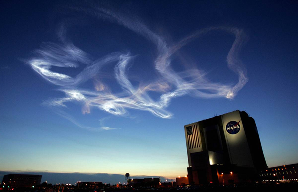 Contrail left by the space shuttle Atlantis on June 8, 2007. (Credit: NASA)