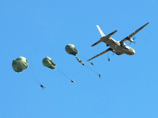 BAVE aircraft dropping army parachutists. (image credit: Chilean Army)