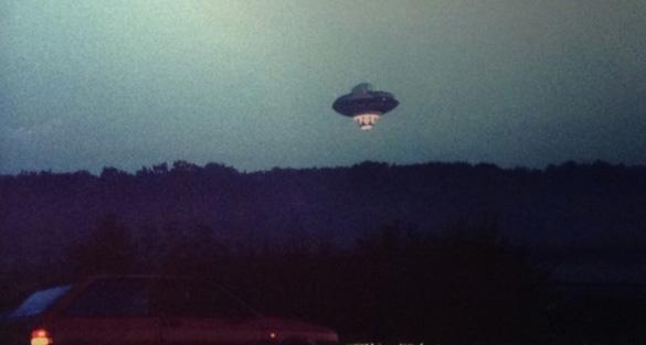 Branson-Virgin-UFO-Balloon-ftr