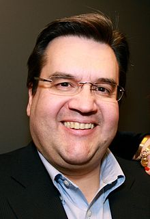 Montreal Mayor Denis Coderre talked about his personal UFO encounter as a 15-year-old.