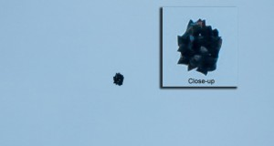 Black blob UFO photographed in Washington