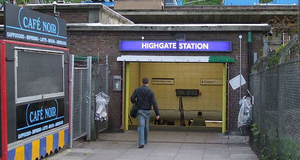 Highgate_station_entrance