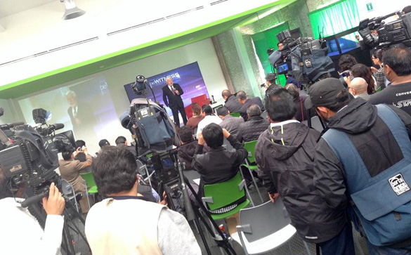 Jaime Maussan in front of the press in Mexico. (Credit: Tercermilenio.tv)