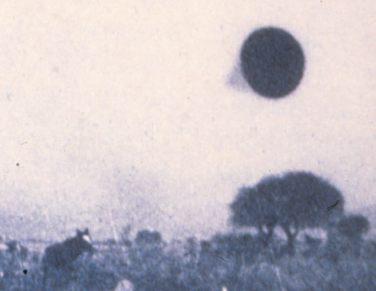 Close-up of UFO photo taken by AAF Capt. Niotti in Yacanto on July 3, 1960 (image credit: A. Agostinelli)
