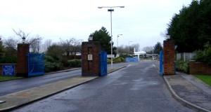 RAF_Lyneham-Gate