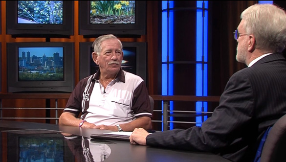 Hasting interviewing Ike Barker in UFOs and Nukes: The Secret Link Revealed. (Credit: Robert Hastings/Verifiable Pictures)