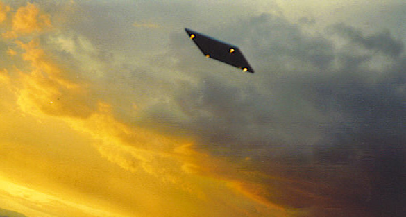 Florida witness reports rectangular UFO near Tampa Bay Openmindstv