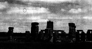 UFOs over Stonehenge and other UK landmarks