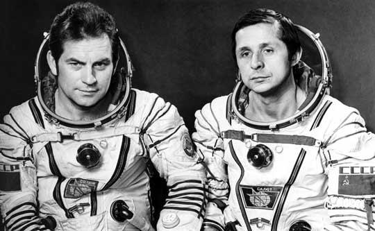 Cosmonauts Vladamir Kovalenok and Viktor Savinykh