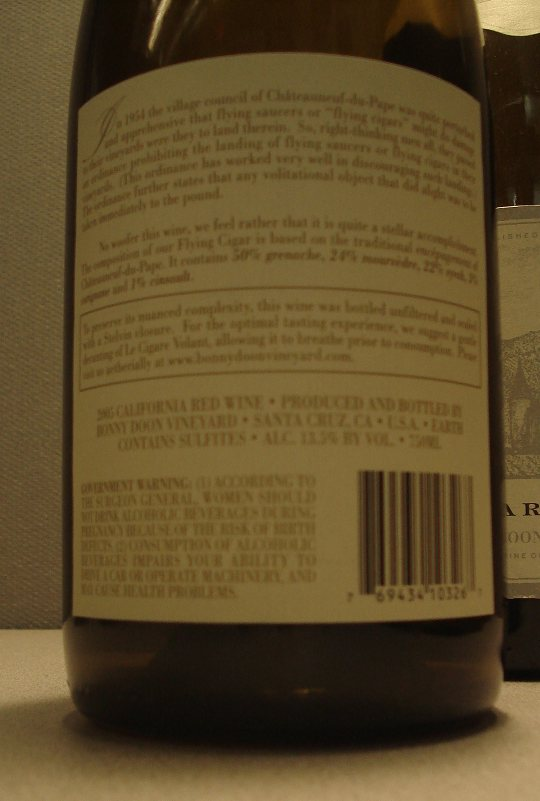 Back of the Le Cigare Volant label.
