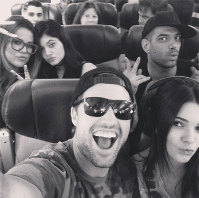 Brody Jenner with family Kendall Jenner, Kylie Jenner, and Khloe Kardashian. (Credit: Instagram/brodyjenner)