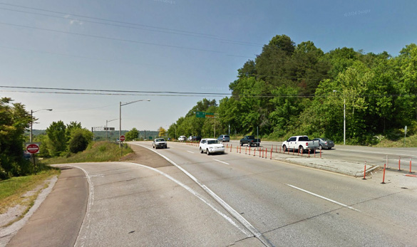The witness described the object as a large red light that eventually moved away from her home and toward Highway 33 in Knoxville, pictured. (Credit: Google)