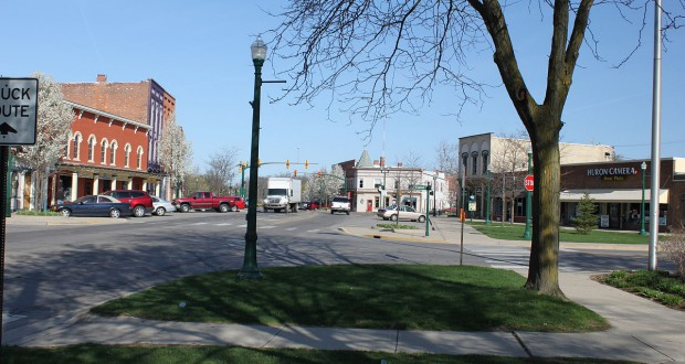 Downtown Dexter, MI. (Credit: Wikimedia Commons)