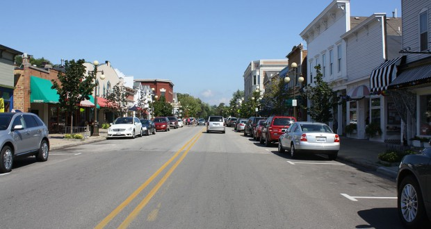 Downtown Harbor Springs, MI. (Credit: Wikimedia Commons)