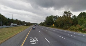 The witness first noticed a bright light moving directly over his car along northbound I-95 near the Ellicott City exit about 3:55 a.m. on December 29, 2014. (Credit: Google)