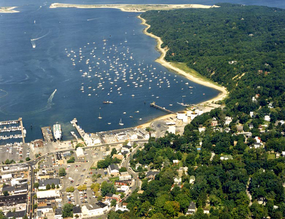 Aerial view of Port Jefferson Harbor. (Credit: Wikimedia Commons)
