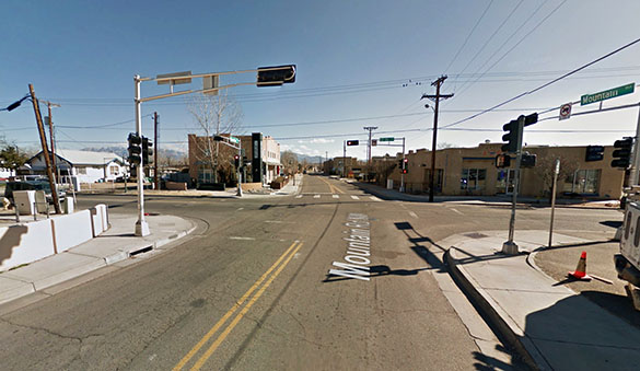 The witness first thought the object was a flock of birds. Pictured: Albuquerque, NM. Credit: Google.