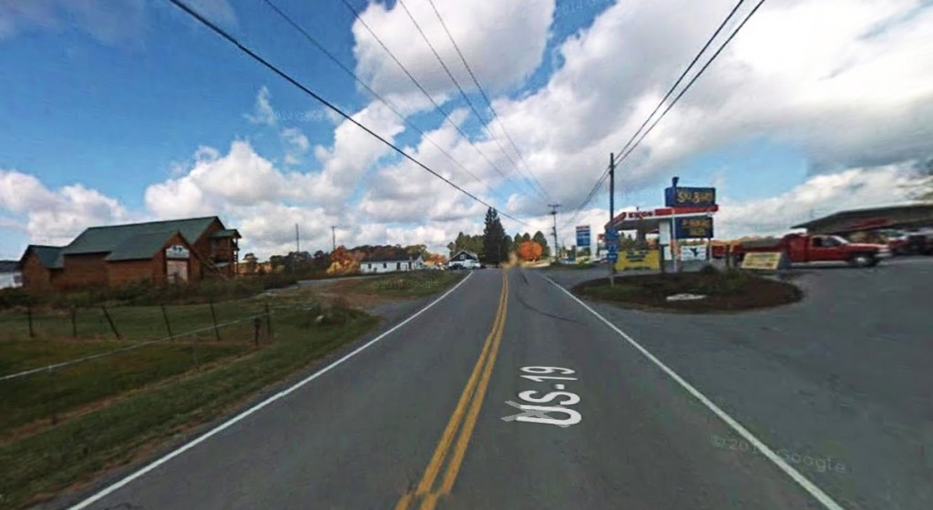 The witness watched two planes at a higher altitude during the November 3, 2014, sighting. Pictured: Ghent, WV. (Credit: Google)