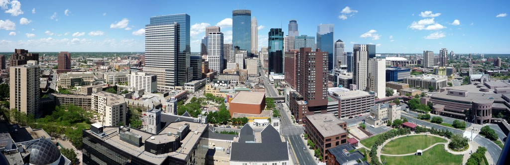 Panorama of the Minneapolis skyline. (Credit: Wikimedia Commons)