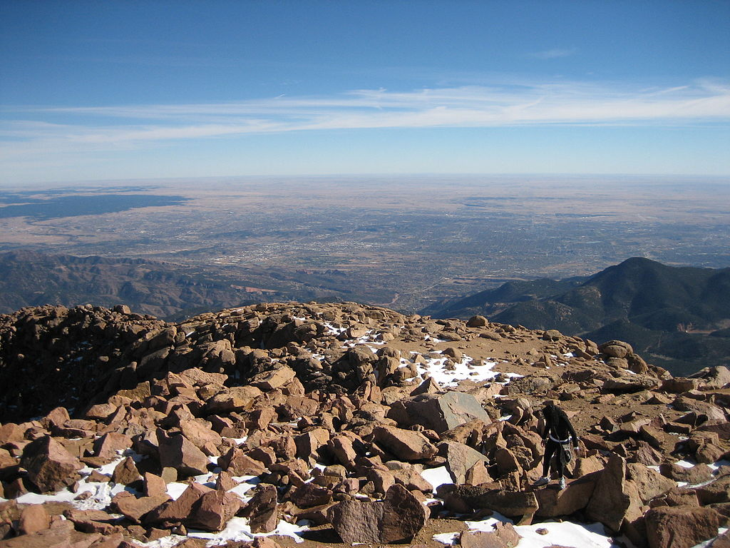 Colorado Springs from Pikes Peak. (Credit: Wikimedia Commons)