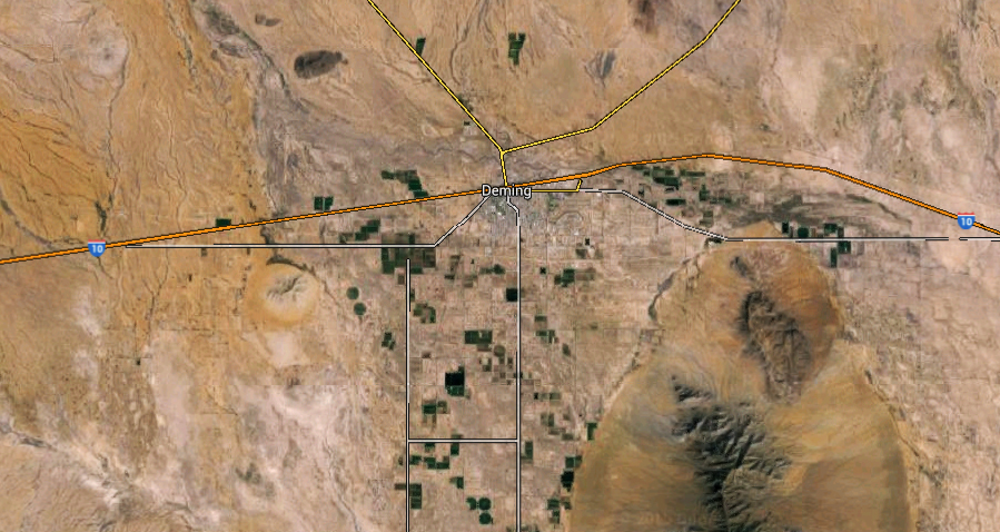 The witness was westbound along I-10 near Deming, NM. (Credit: Google)