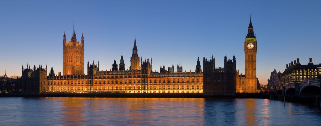 The Palace of Westminster at night as seen from the opposite side of the River Thames. (Credit: Wikimedia Commons)