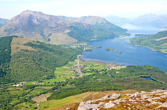 Glencoe Village from the summit of the Pap of Glencoe. (Credit: Wikimedia Commons)