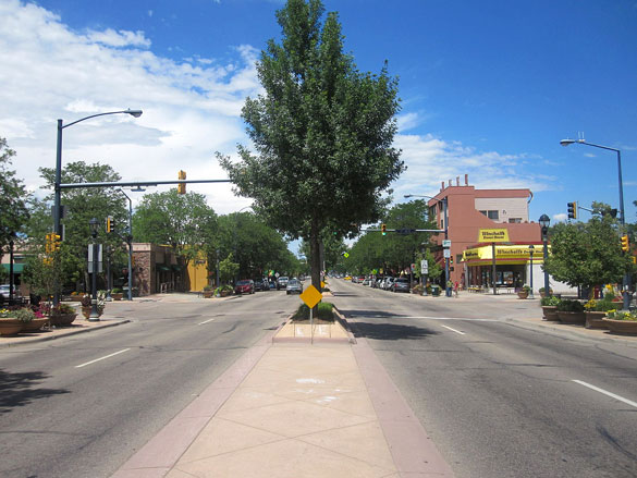 The object appeared to be cloaking itself. Pictured: Downtown Longmont, CO. (Credit: Wikimedia Commons)