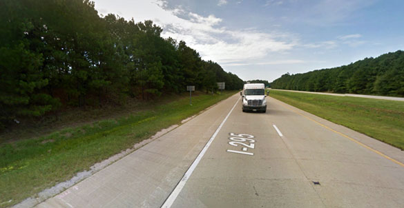 The witness tried to outrun the object along northbound I-295, but the object kept pace with her vehicle. Pictured: A stretch of I-295 in Petersburg, VA. (Credit: Google Maps)