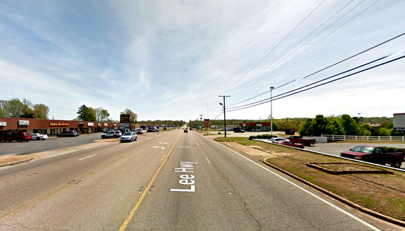 The cigar-shaped object was hovering. Pictured: Highway 72 in Corinth, Mississippi. (Credit: Google)