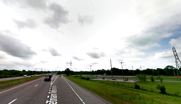 The witness said the object looked alive as they watched it from westbound Vietnam Veteran's Parkway, pictured. (Credit: Google)