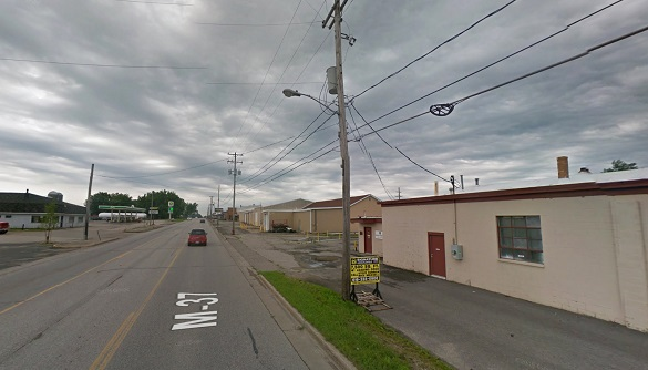 The witness noticed the object hovering over power lines. Pictured: Grant, MI. (Credit: Google)