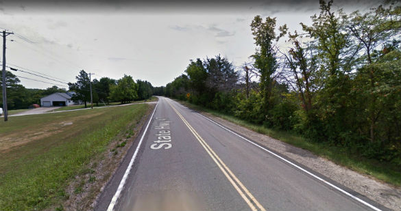 The object was hovering directly over the roadway. Pictured: St. Francois County, MO. (Credit: Google)
