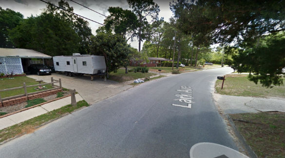 The two objects moved away in two different directions. Pictured: Milton, Florida. (Credit: Google)