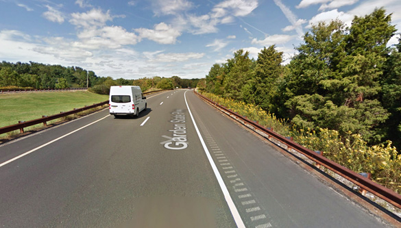 The witness believes there were other witnesses as traffic along the northbound Garden State Parkway slowed down. (Credit: Google Maps)