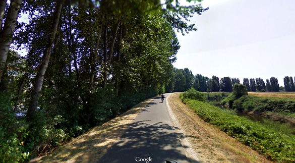 The witness believes two other aircraft were reacting to the UFO. Pictured: Kent, Washington. (Credit: Google Maps)