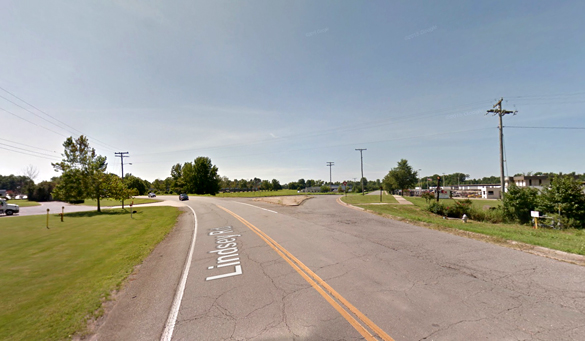 The object was moving at an incredible speed. Pictured: Lindsey Road in Little Rock, AR. (Credit: Google)