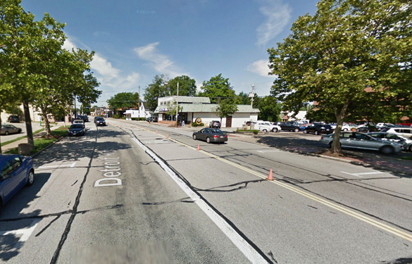 Two witnesses at the scene in Lakewood, OH, saw objects that seemed to be surrounded by water right before they disappeared on June 26, 2014. Pictured: Street scene in Lakewood. (Credit:  Google)