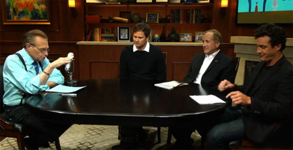 Larry King talks UFOs with Tom DeLonge, James Fox