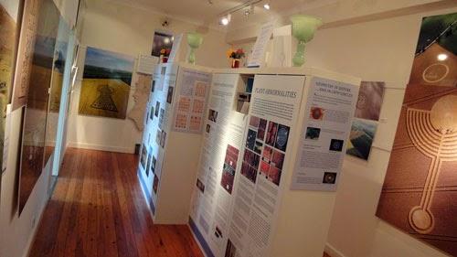 Some views into the exhibition. (Credit: grenzwissenschaft-aktuell.de)