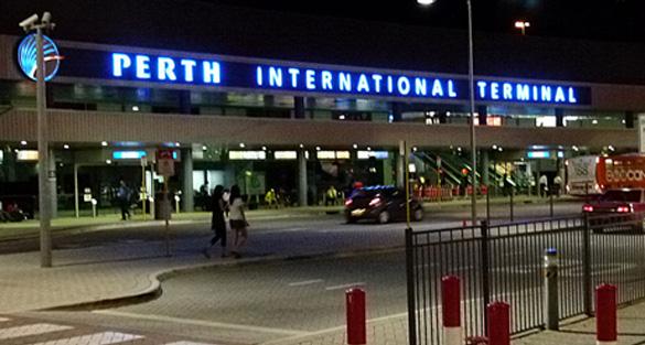 perth-air-entrance-international-night-2011-mingor-net