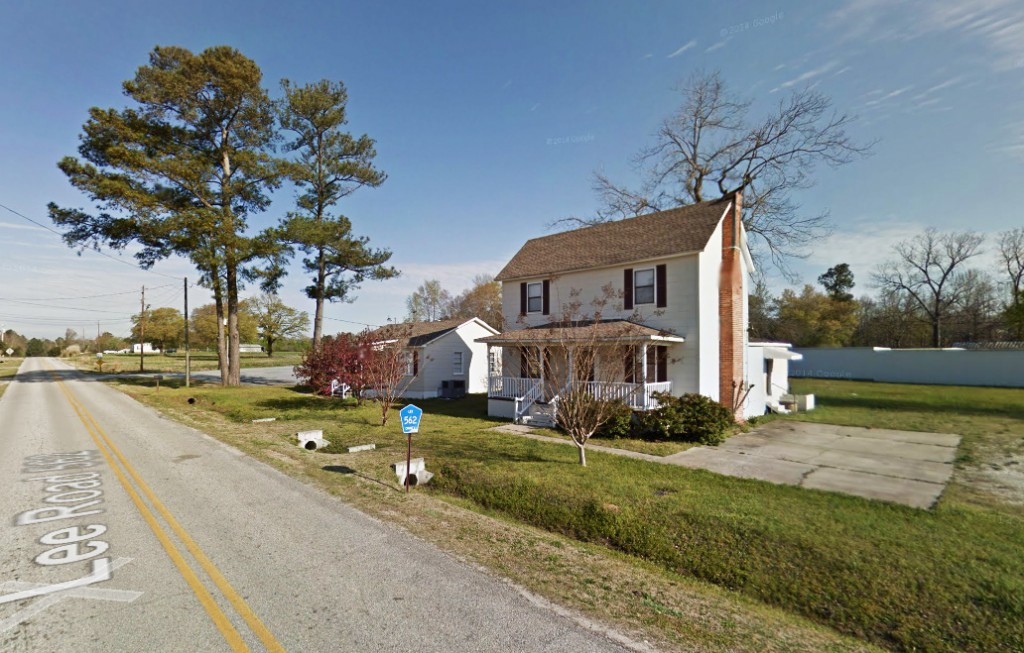 The silent object was hovering just 30 to 40 feet above the vehicle in the 1999 report from Lee County, Alabama, recently reported to MUFON. Pictured: Lee County, Alabama. (Credit: Google)