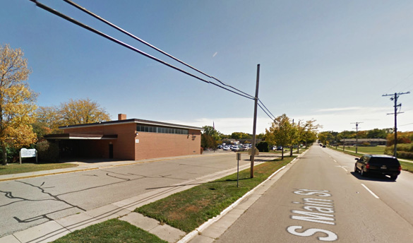 The witnesses first stopped near Purdy Elementary School in Fort Atkinson, Wisconsin, trying to see the object, but moved on for a better look. (Credit: Google.)