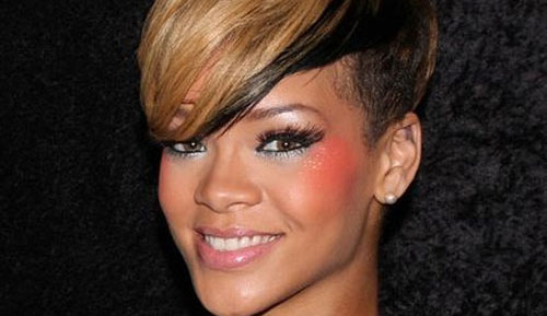 UFO enthusiast Rihanna books a flight to space