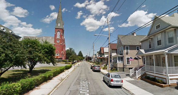 The witness and her husband saw the same UFO less than two years earlier at their previous farm house. Pictured: Street scene in Middletown, NY. (Credit: Google)