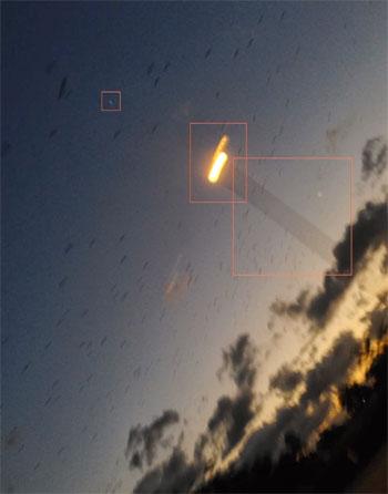 Black birds and strange lights over Townsville. (Credit: Joshua Thompson/YouTube)